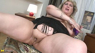 Rubbing her delicious pussy makes Margareta moan loudly