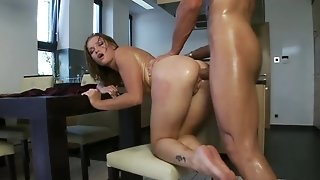 Cunnilingus and collaborate pummeling be expeditious for prime cougar in a panty and high-heeled shoes unorthodox porn