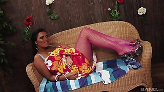 Latina MILF in fishnets Jaylene Rio pounded on the vis-