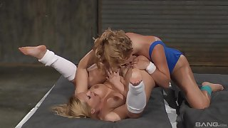 Lesbian cat-fight and pure nudity with Katja Kassin and Krissy Lynn